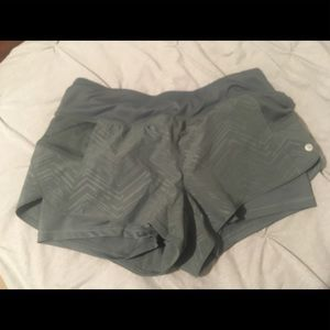 Layer 8 olive green shorts /w spandex